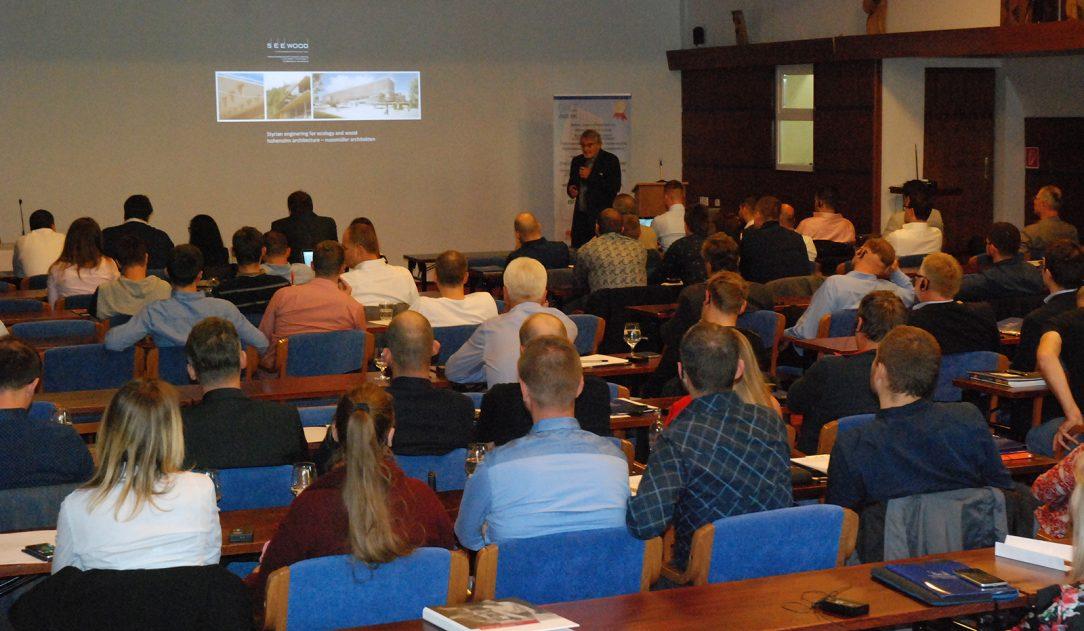 DI. Werner Nussmüller jeden zo zahraničných prednášajúcich ktorý podčiarkol aspekt projektovania a realizácie komplexných riešení v urbánnych sídlach