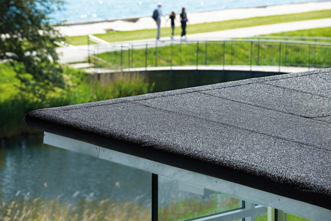 V súčasnosti ide do popredia trend rodinných domov s plochou strechou.