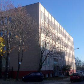 V tomto roku sa firma presťahovala do väčších priestorov na Pluhovú ulicu v Bratislave