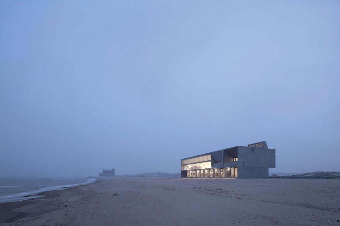 Knižnica na morskom pobreží. Foto: Xia Zhi
