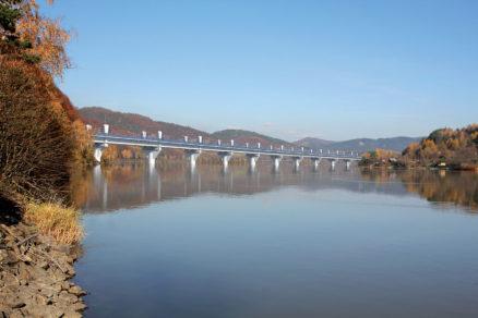Vizualizácia zakreslením mosta do fotografie