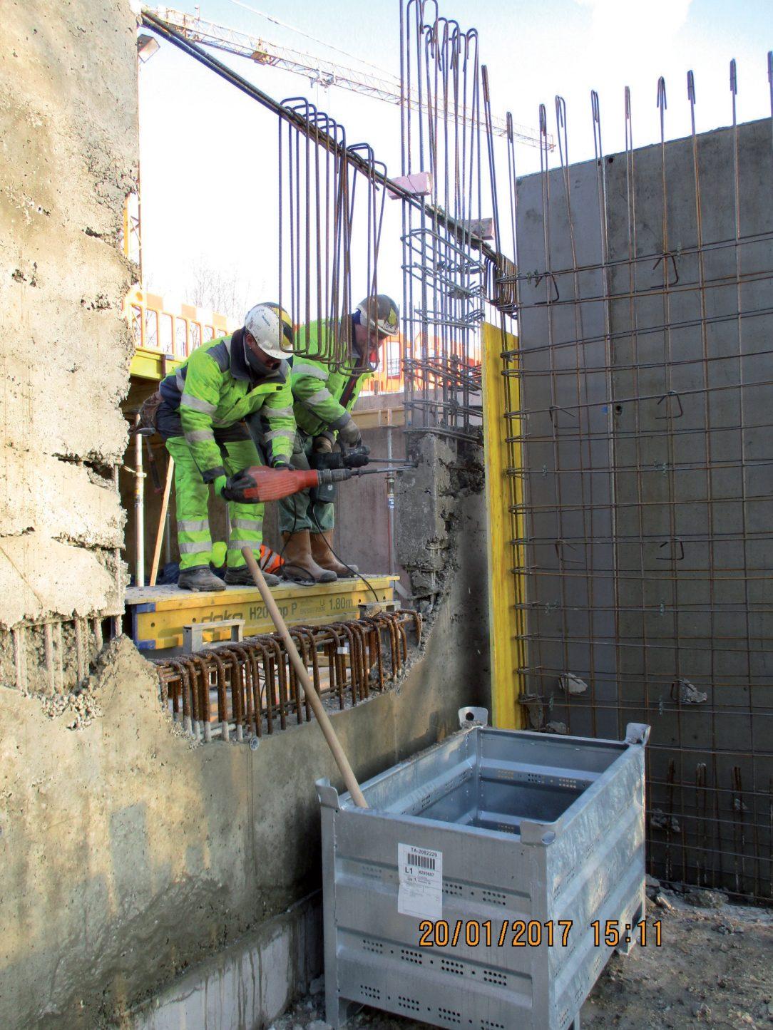Obr. 8 Nevyhovujúci stav častí nosných konštrukcií s nevyhnutnosťou sanácie konštrukcie
