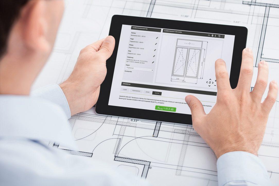 Spoločnosť Schüco s aplikáciami SoundCal a Digital Acoustics Lab prináša dva nové nástroje na určenie efektu znižovania hluku okenných a fasádnych jednotiek.
