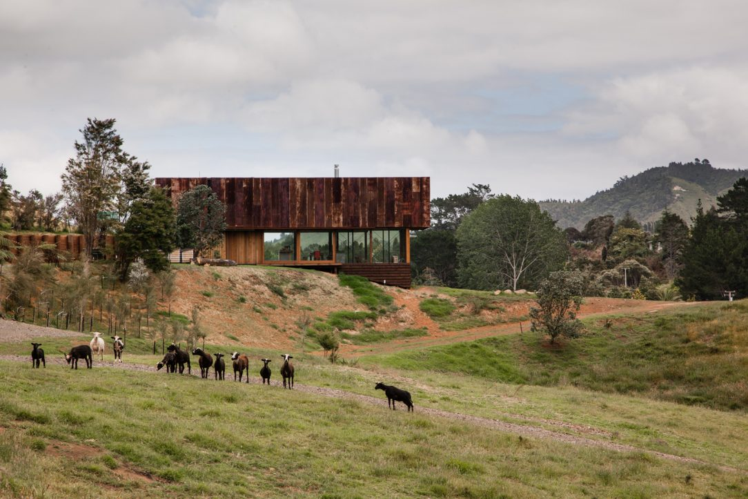 Stodola Valley House