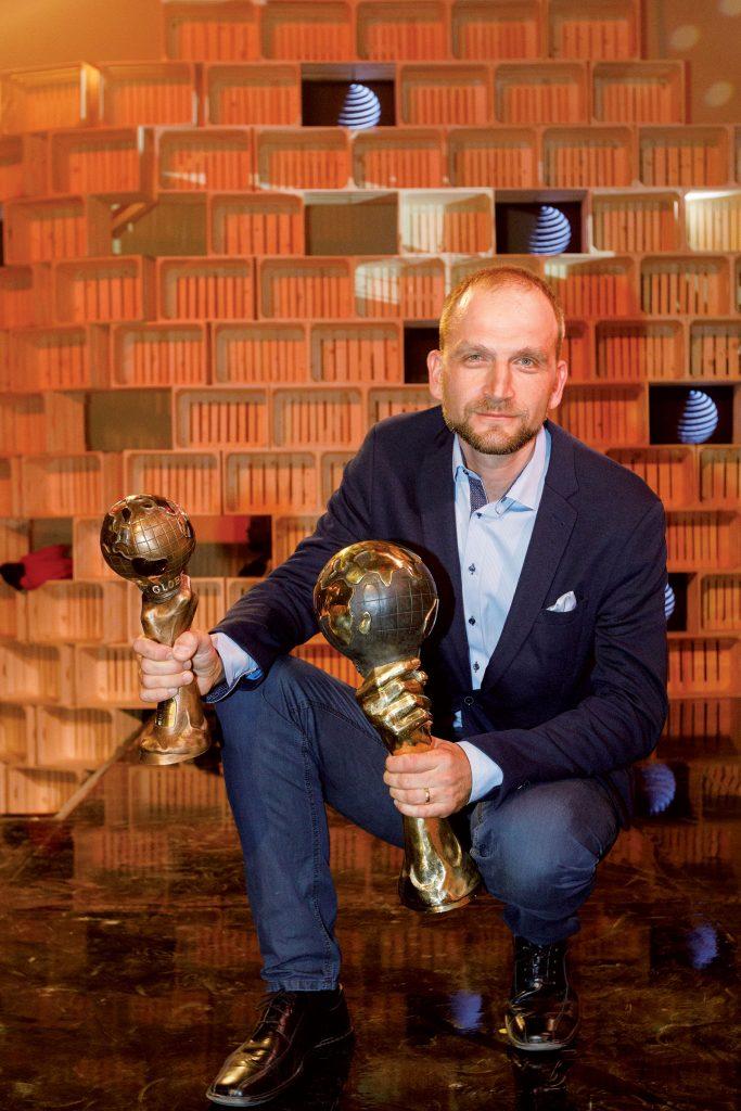 Jan Chvátal získal so svojím projektom cenu vkategórii stavba azároveň sa stal absolútnym víťazom 10. ročníka súťaže E.ON Energy Globe.