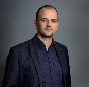 PETER KAVECKÝ obchodný riaditeľ LUCRON GROUP, a. s.
