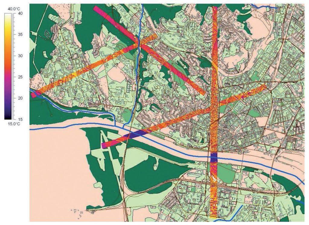 Termovízne snímkovanie územia Bratislavy ukazujúce štyri koridory zalietania (REC Slovensko, Fotomap, s. r. o., 2007)