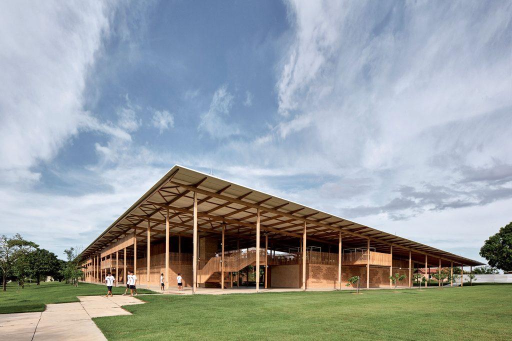 Pri návrhu architekti úzko spolupracovali s deťmi aby dokázali pochopiť ich potreby a školu navrhnúť podľa nich.