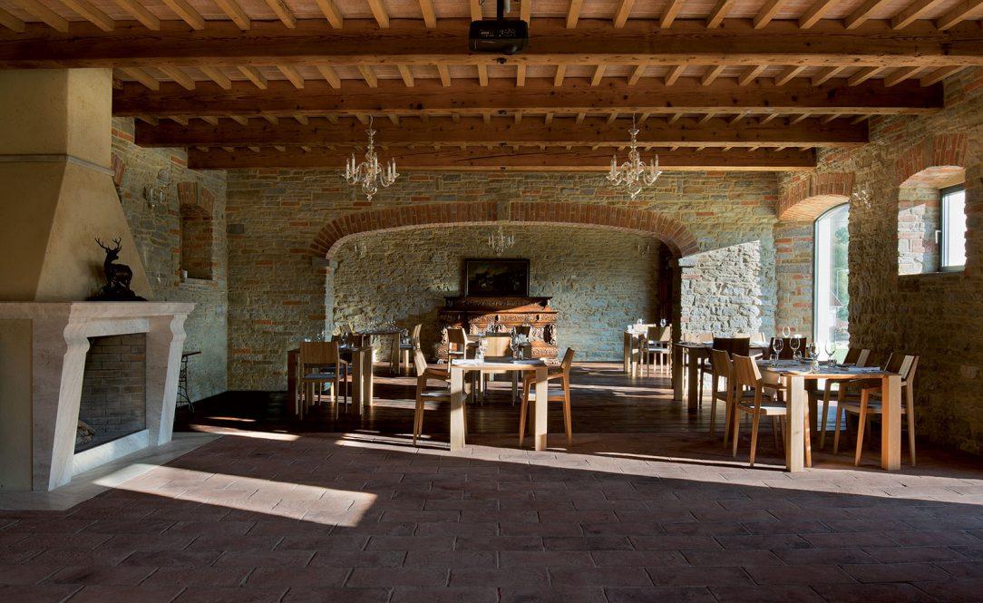V objekte bývalých zadných stavov sa teraz nachádza reštaurácia Amalia.