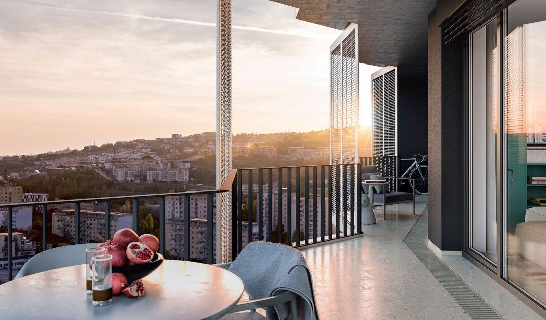 Veľkorysé multifunkčné balkóny so vstupom z každej miestnosti zabezpečia funkčný priestor navyše.