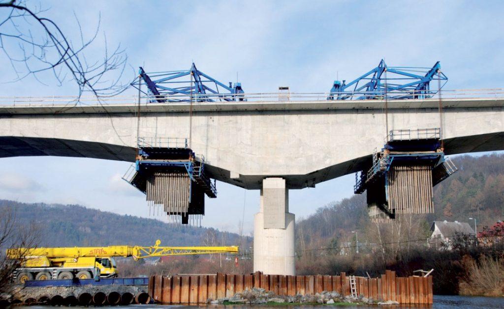 SO 44.33.18 Nový železničný most nad Váhom