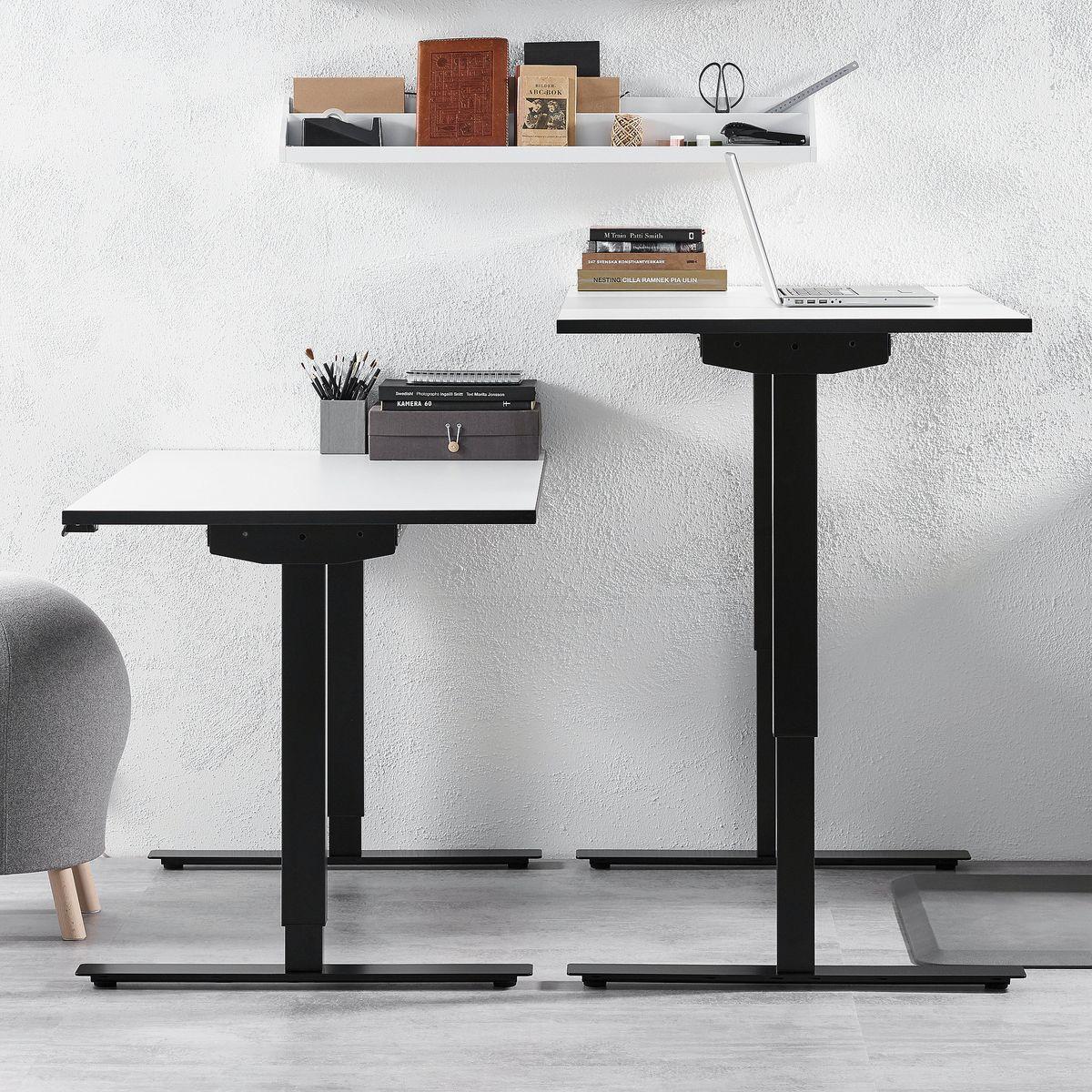 Výškovo nastaviteľný stôl do kancleárie