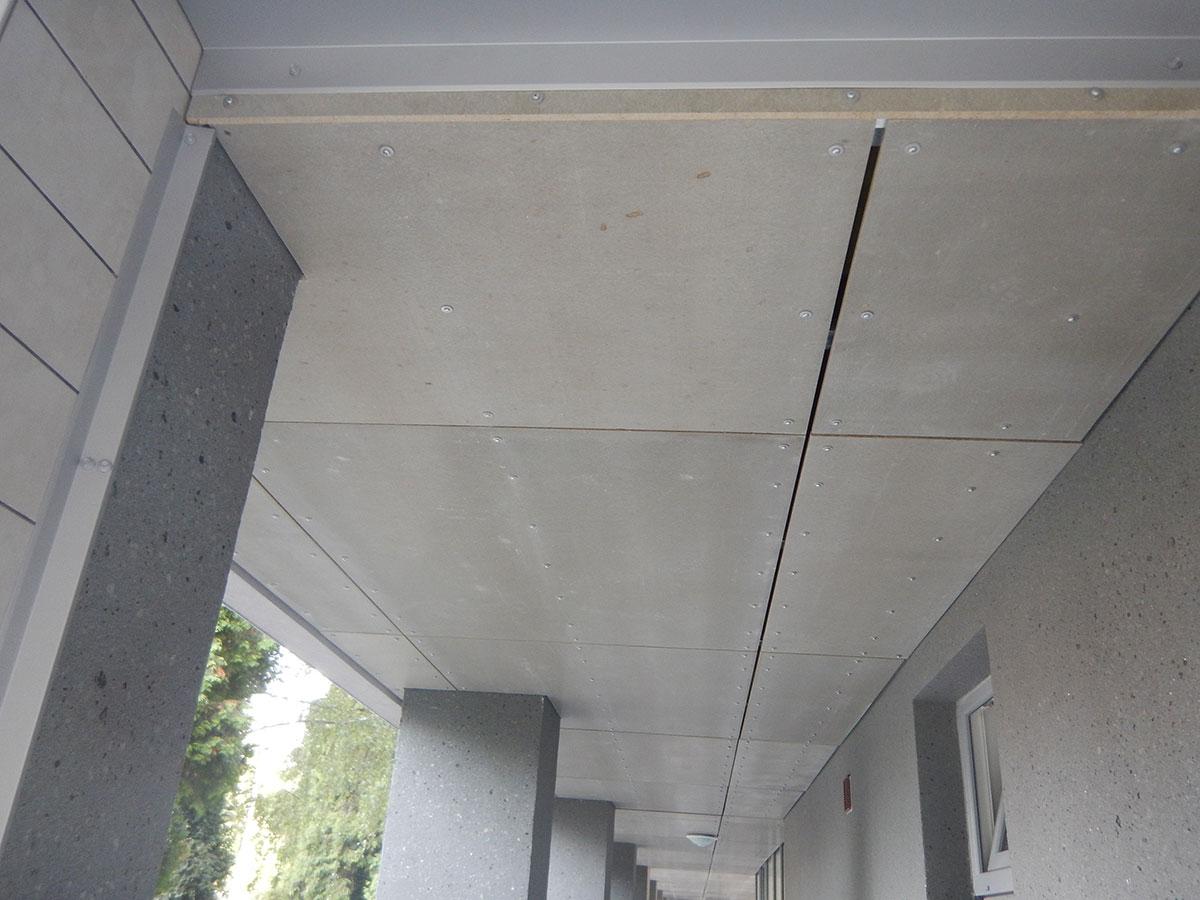 V doske CETRIS® sa zlučujú výhodné vlastnosti dreva a cementu – je dostatočne mechanicky odolná, môže byť bez problémov vystavená poveternostným podmienkam a je nehorľavá