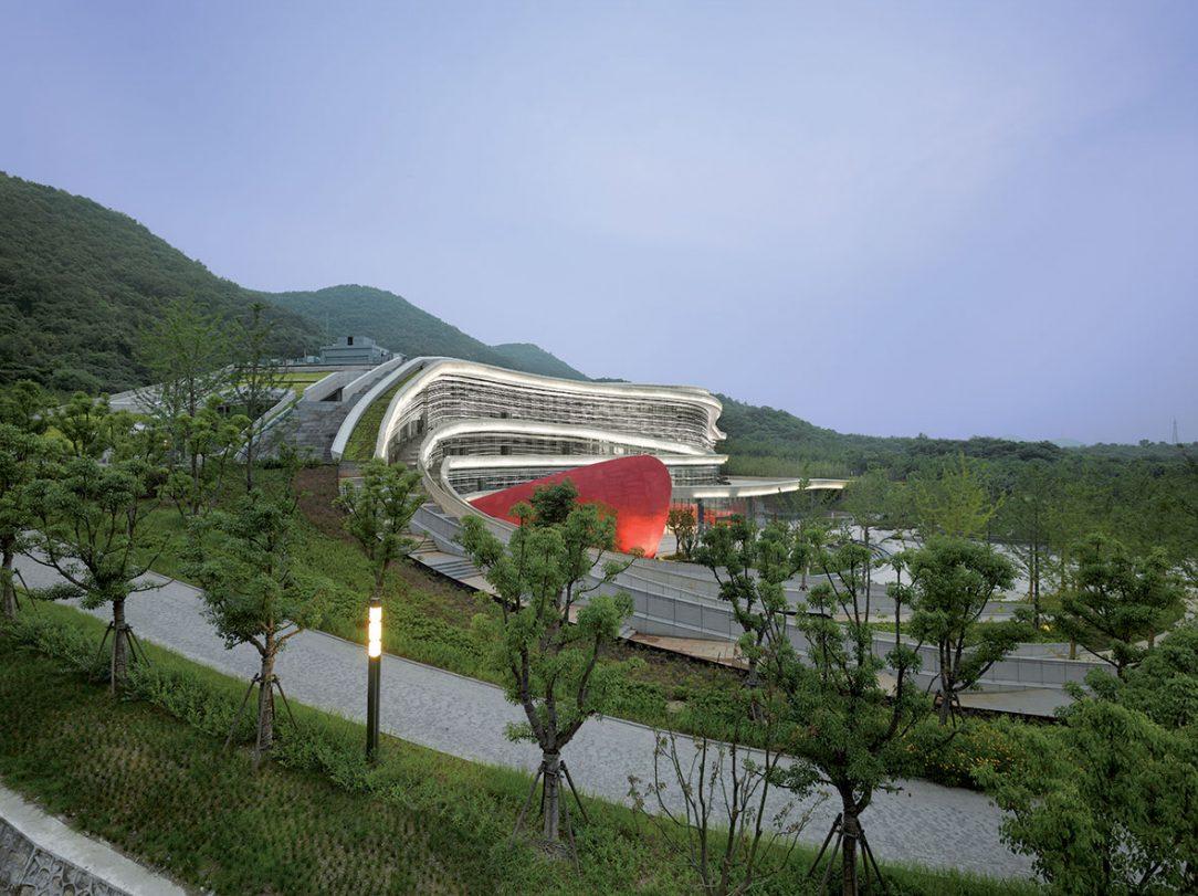 Geopark Tangshan Národné múzeum Nanking Čína 2015.