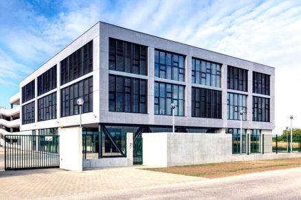 kancelářská budova Ekom Piešťany