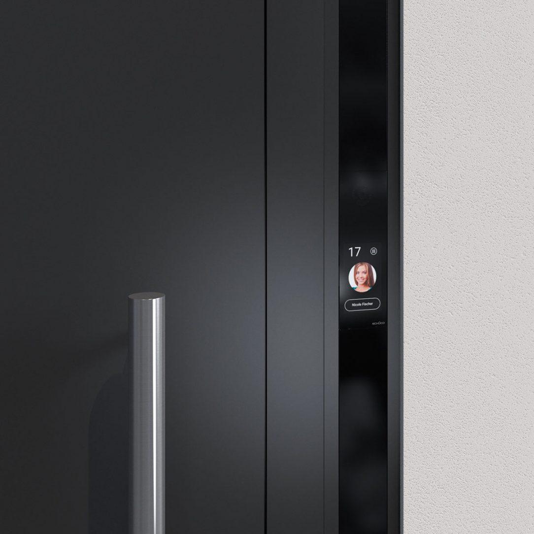 Schüco Door Control System s dotykovým displejom