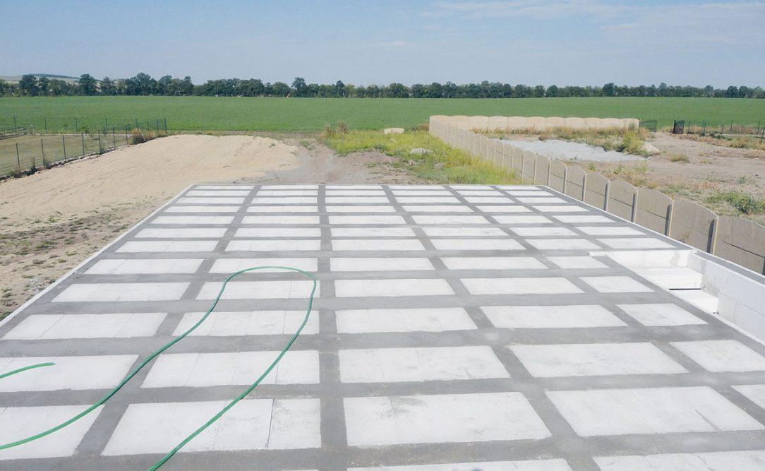15 Strop po betonáži 1