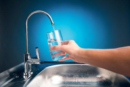 Konečne sa zvyšuje aj všeobecné povedomie ľudí a záujem o trvalo udržateľné hospodárenie s pitnou vodou.