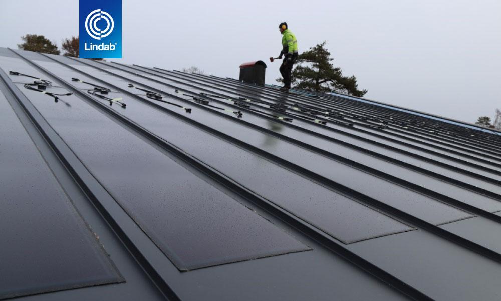 Lindab SolarRoof 4