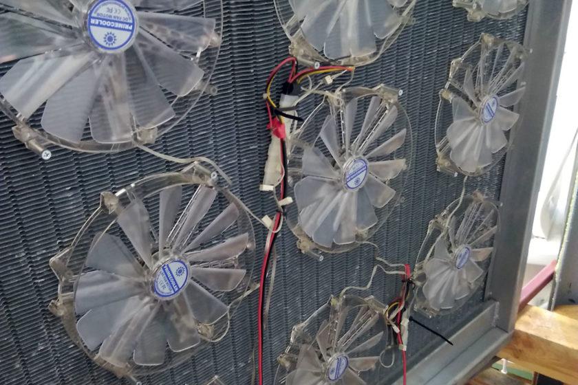 Obr. 2 Ventilátory inštalované na výmenník