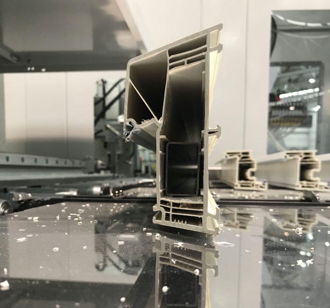 Od 1. septembra spoločnosť BRUVO Slovakia v Seredi uviedla do prevádzky novú ultramodernú CNC linku