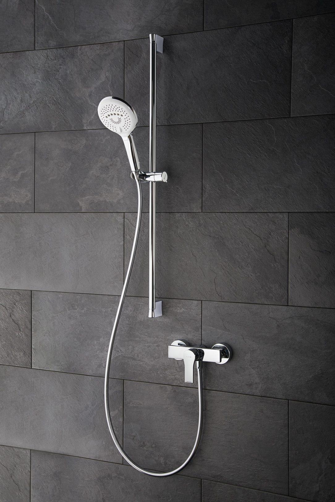 Vzadu umiestnená kartuša u Kludi Zenta SL jednopákových sprchových batérií necháva viac priestoru a pohybu v sprche.