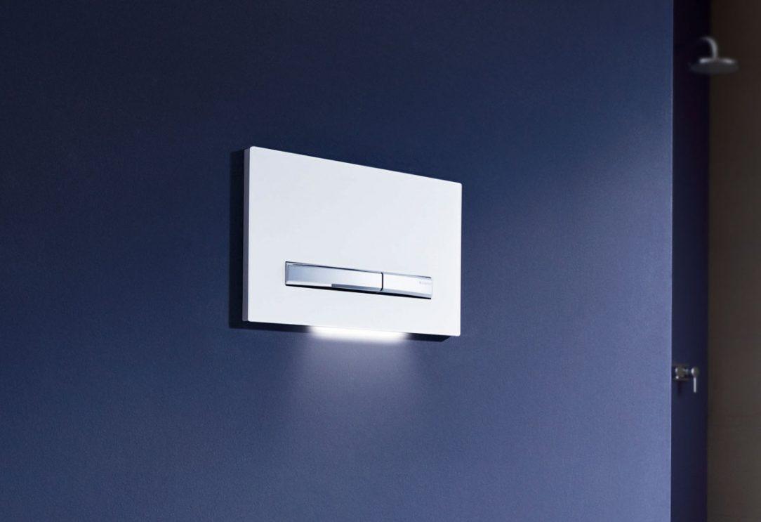 LED podsvietenie vás privedie k toalete v noci.