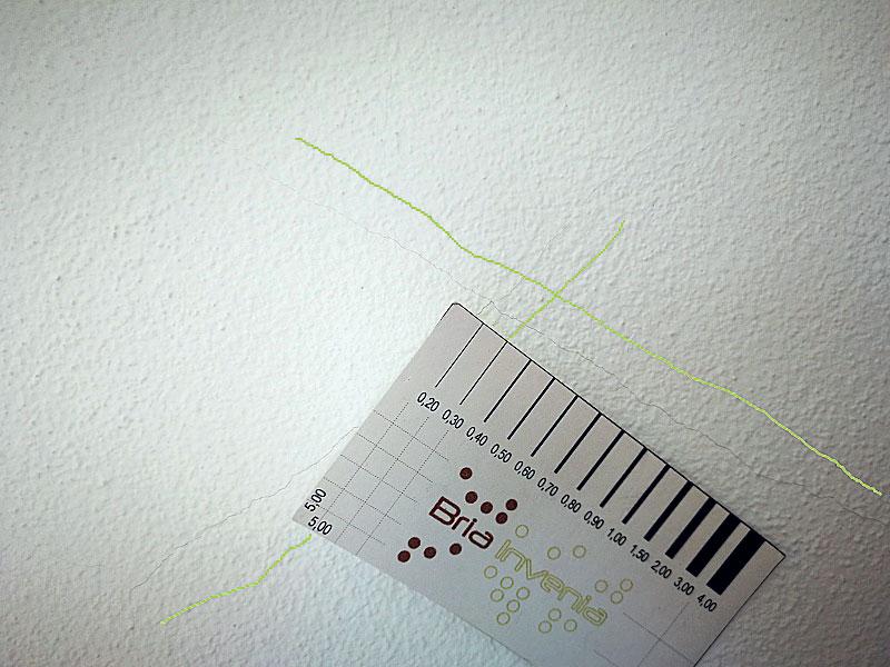 Obr. 5 Sekundárna sieť trhlín v omietke