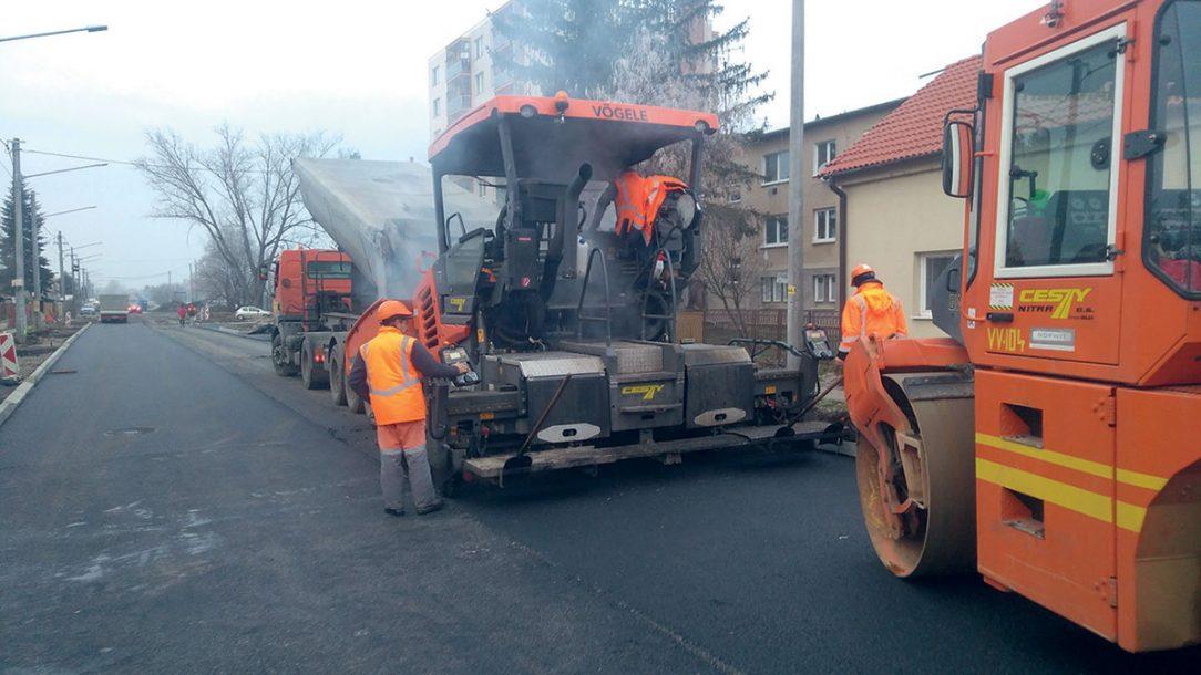 Pri realizácii diela sa položilo viac ako 4 000 t asfaltom obaľovaných zmesí.