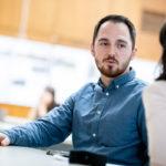 Výhercom súťaže sa stal Roman Vesek s návrhom komunitného centra EQUITONE