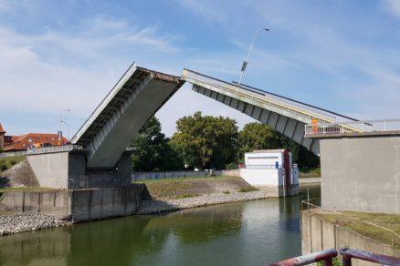 Sklápací most v Komárne po rekonštrukcii