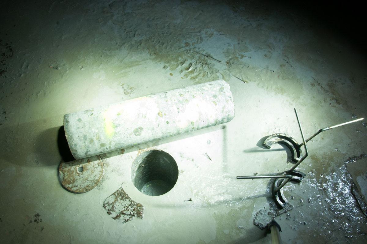 Skúšky injektáže podzákladia v kanáloch pravej plavebnej komory.