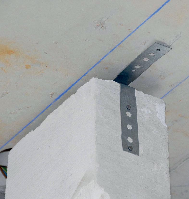 06 Fixácia panela na strop