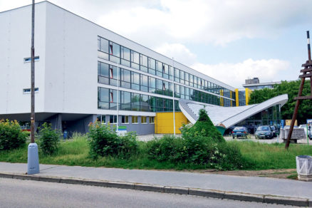 Stredná priemyselná škola stavebná Emila Belluša v Trenčíne 01