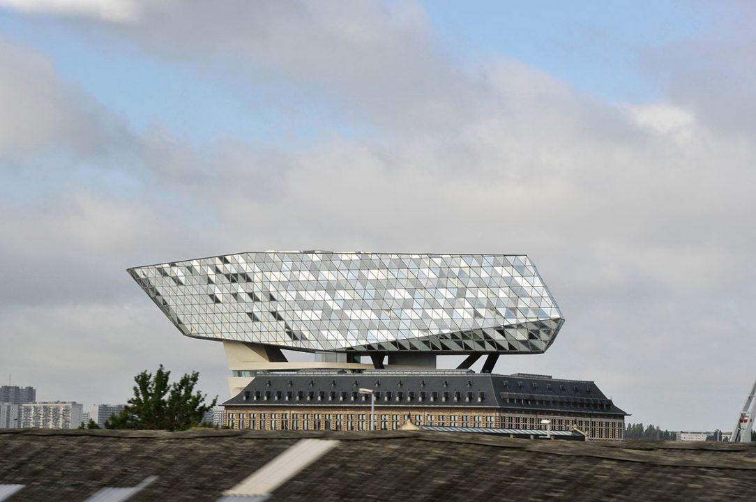 Zaha Hadid Architects – Antwerp Port House Antverpy Belgicko
