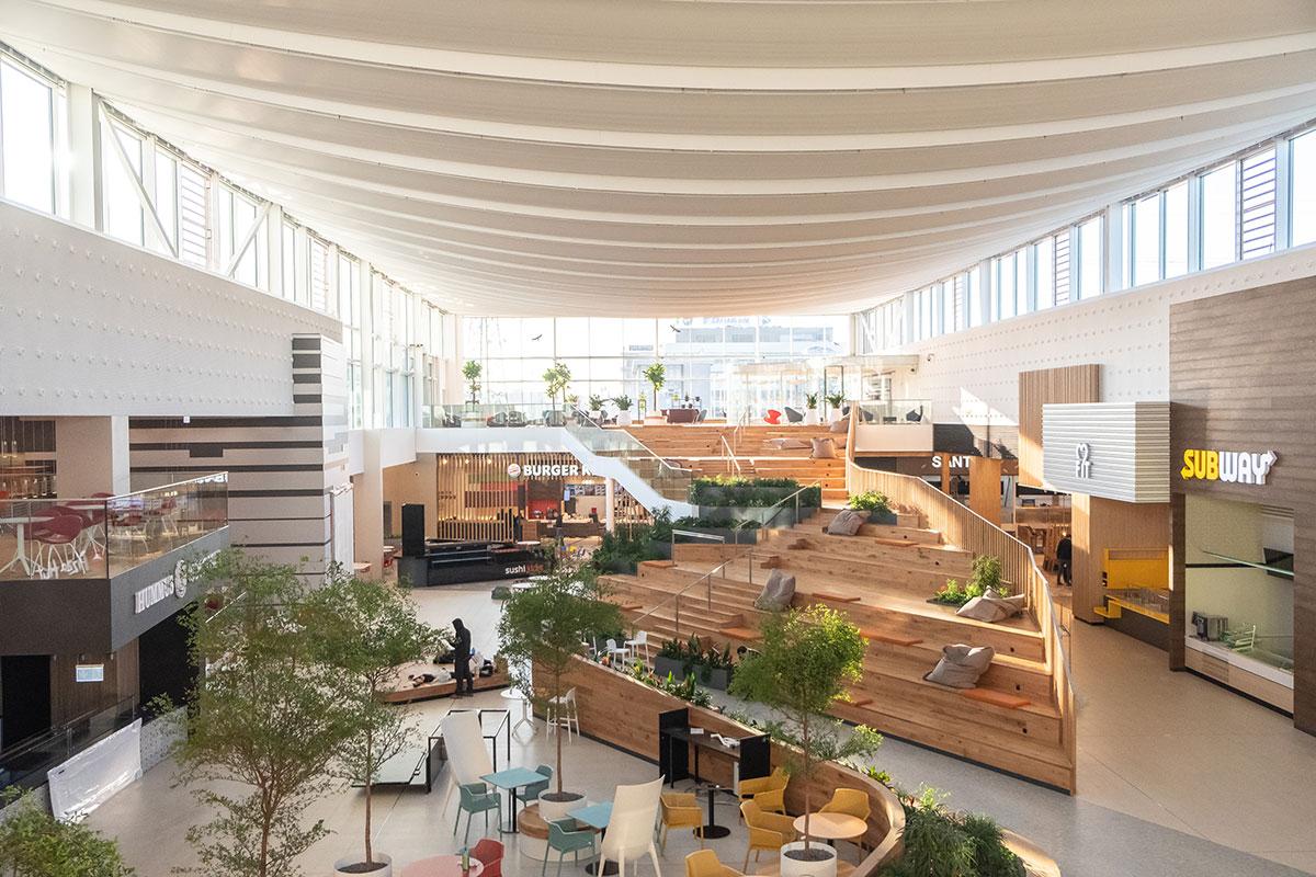 Komplexná rekonštrukcia Avion Shopping park Bratislava.