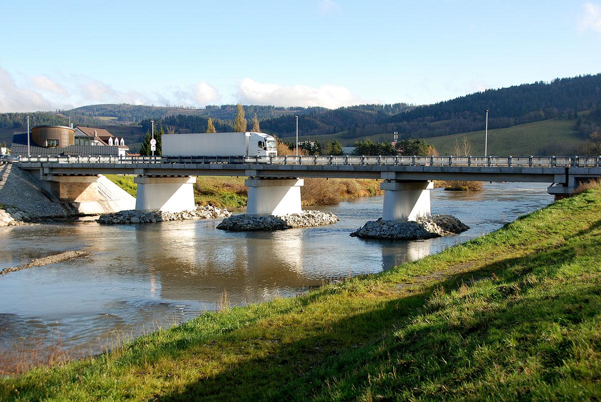 Odstránenie havarijného stavu mosta na ceste I. triedy v Nižnej
