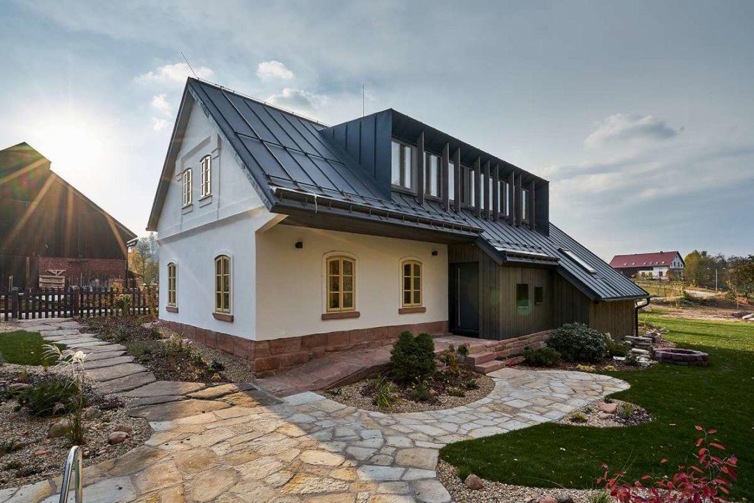 Starú chalupu pod Krkonošami z prvej polovice 19. storočia kúpil investor so zámerom postupne ju zrekonštruovať na rodinnú rekreáciu.