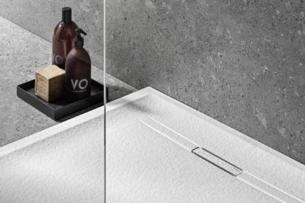 Sestra Shower Surface 8 bigview 1