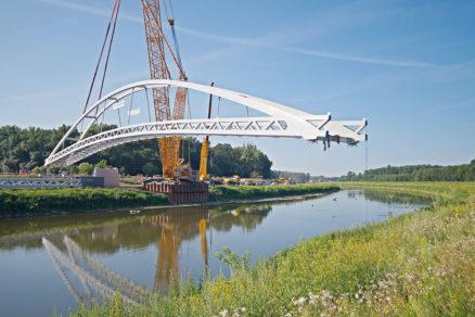 Výstavba lávky cez rieku Moravu 5