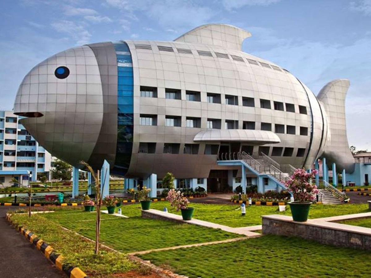 Národná rada, Hyderabad.