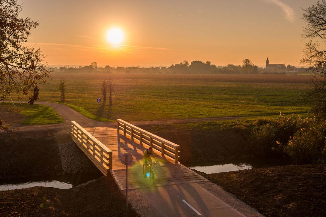 Rekonštrukcia a dobudovanie prístupových komunikácií v archeoparku Mikulčice – Kopčany na slovenskej strane