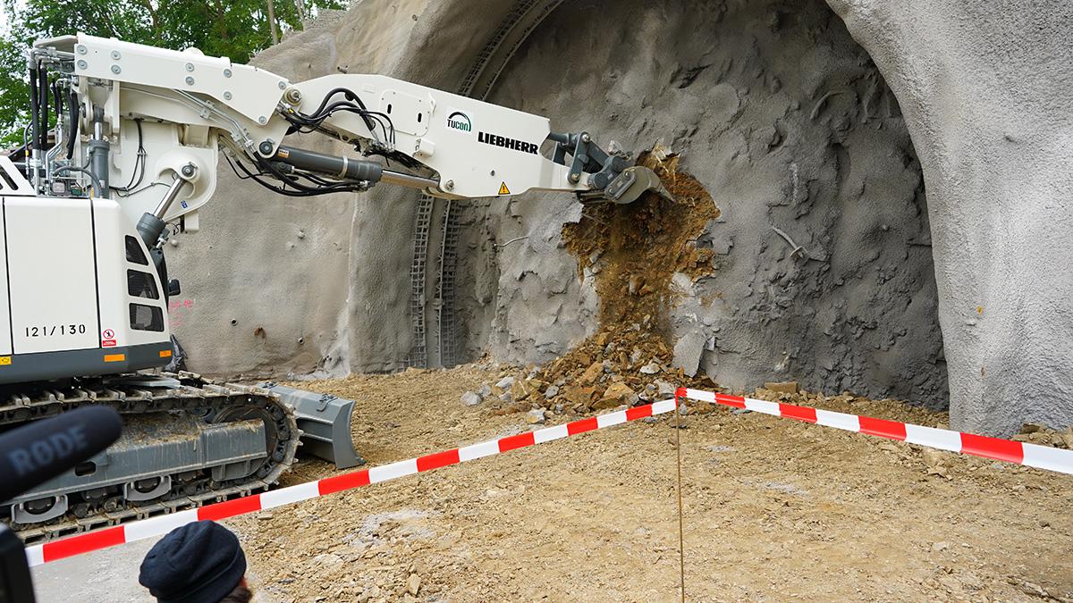 Začatie razenia tunela Bikoš