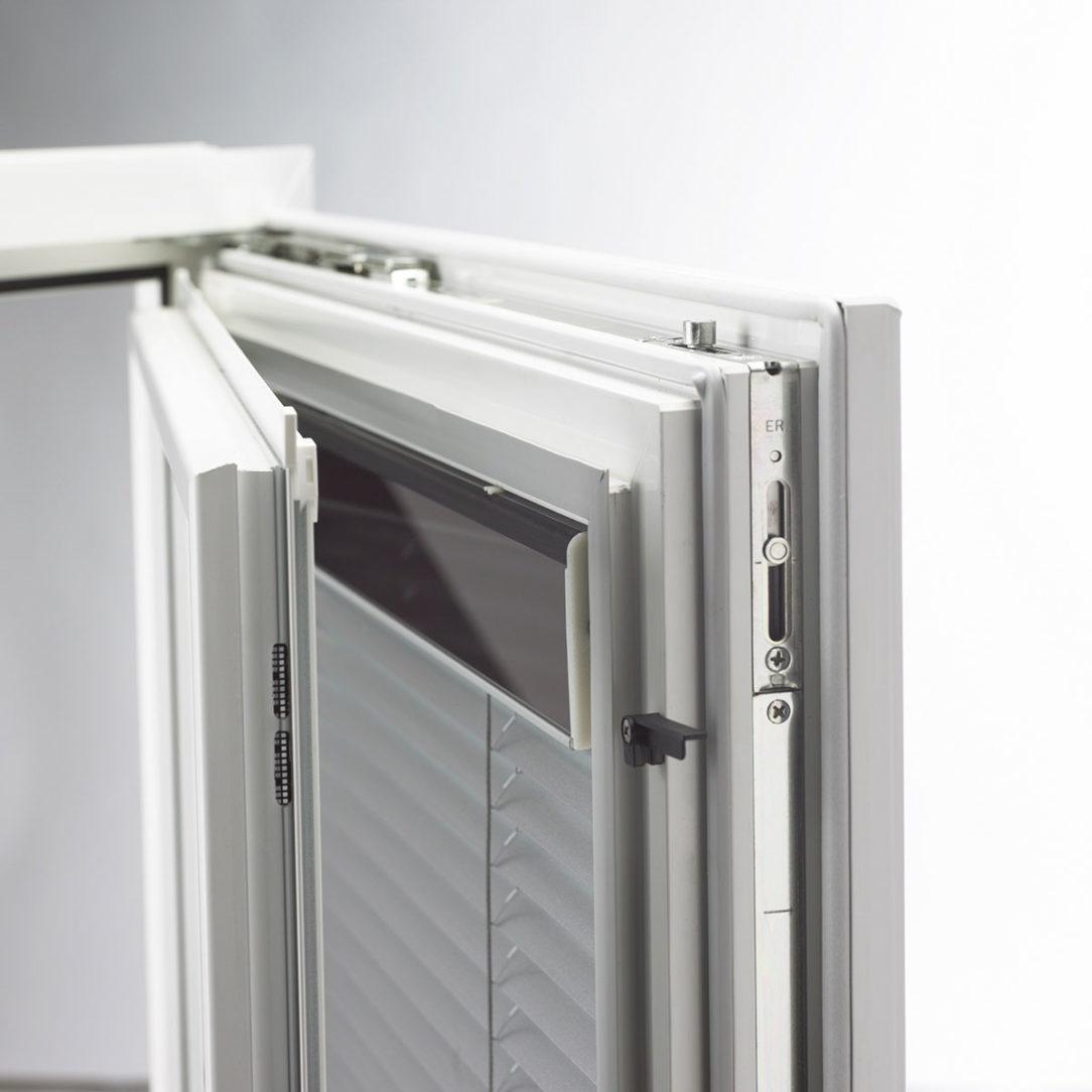 I tec Tienenie Internorm okno s energeticky sebestačným tienením 2000x2000 1