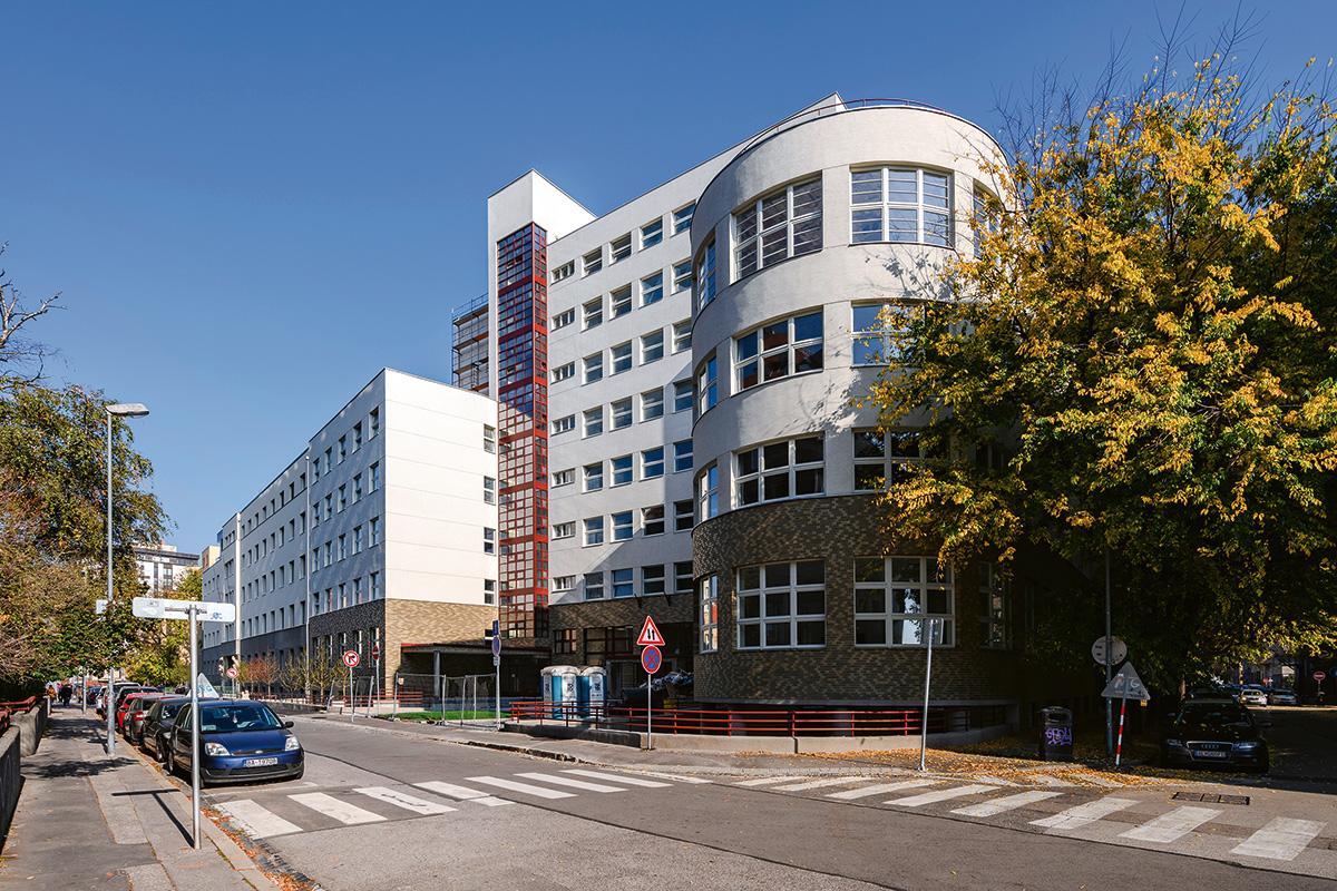 Bezručova Office and Residence