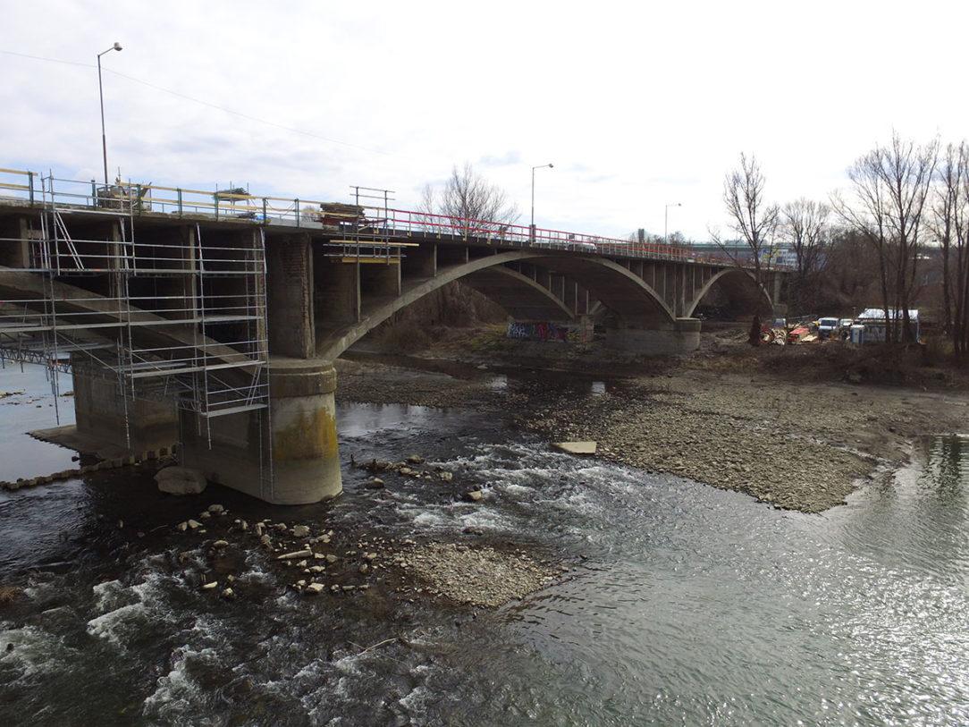 Sanačné práce na moste Orlové