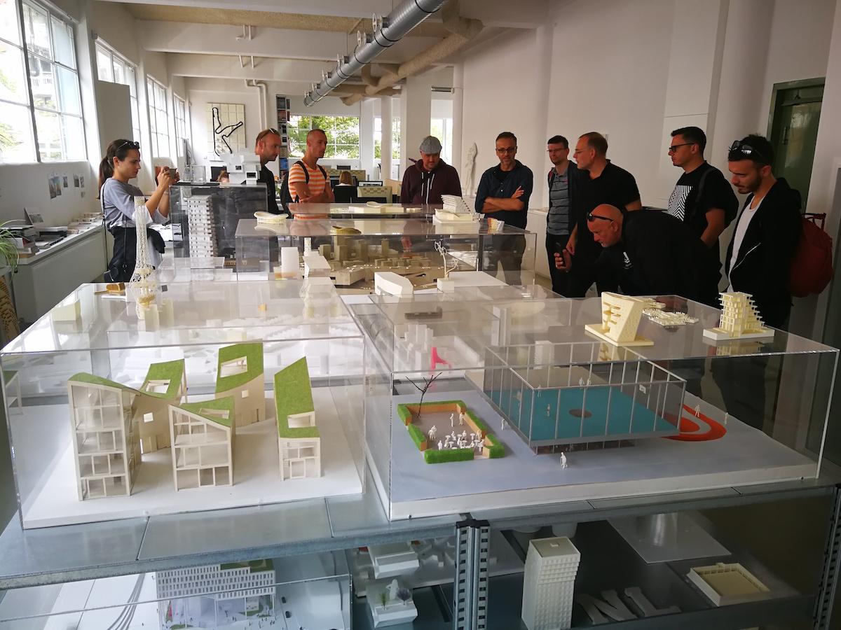 V rámci študijnej cesty do Amsterdamu navštívili členovia ateliéru Architekti Šebo Lichý aj ateliér NL Architects.