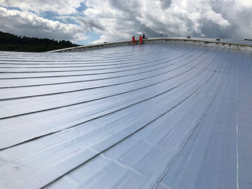 Detaily výnimočnej strechy prešovského zimného štadióna.