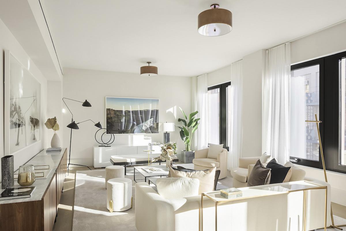 Penthouse nemá núdzu o slnečné svetlo ani v zamračenom New Yorku.