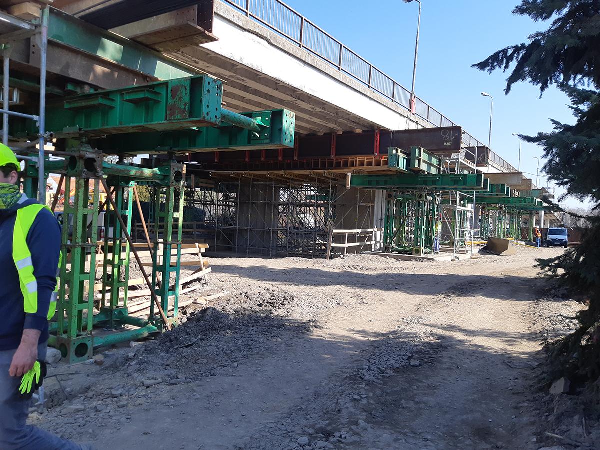 Realizácia podpornej konštrukcie pole P3 P6